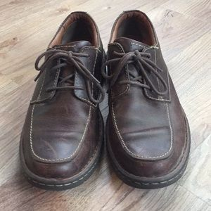 """Clark's EUC """"worn-look"""" leather casual shoes"""
